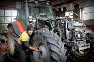 Mechanic Kris McHaffie provides on farm and workshop servicing on your farm machinery.